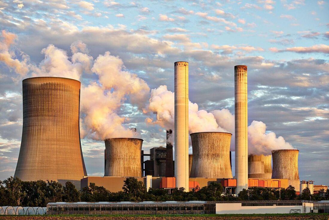 Poluição causada por indústria