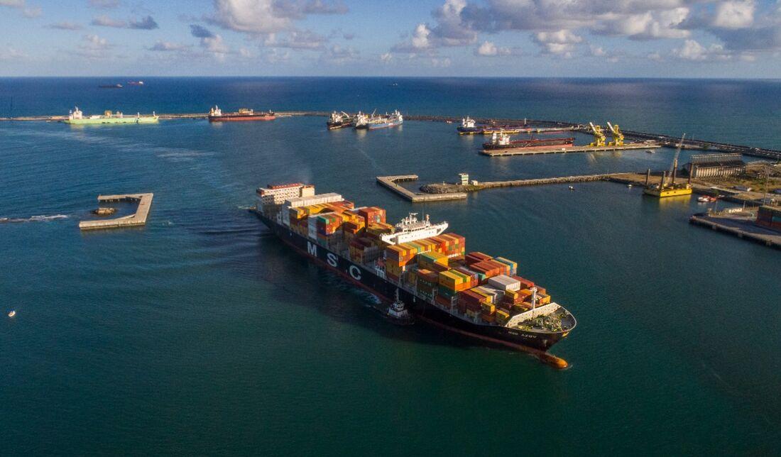 Porto de Suape está dando continuidade no combate mundial à emissão de gases poluentes para redução do efeito estufa