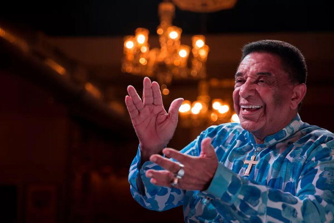 O cantor Agnaldo Timóteo, 84 anos