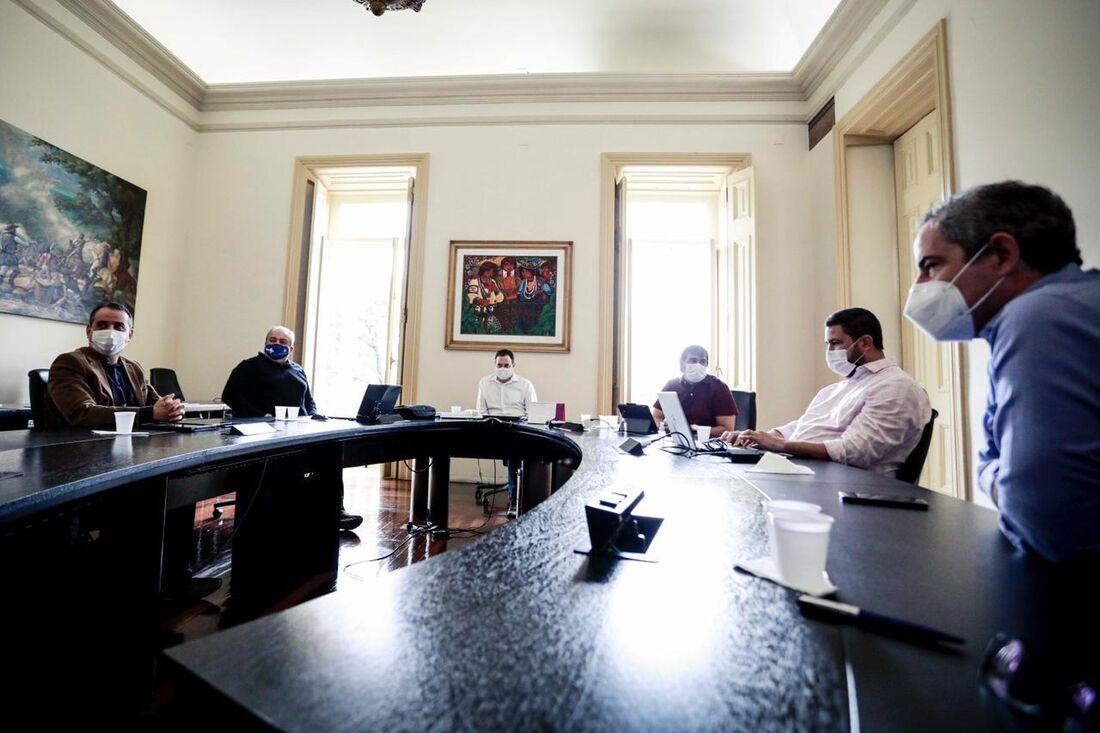 Reunião de monitoramento da pandemia em Pernambuco