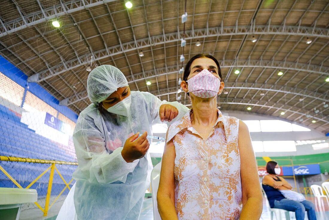 Imunização contra a Covid-19 em Petrolina