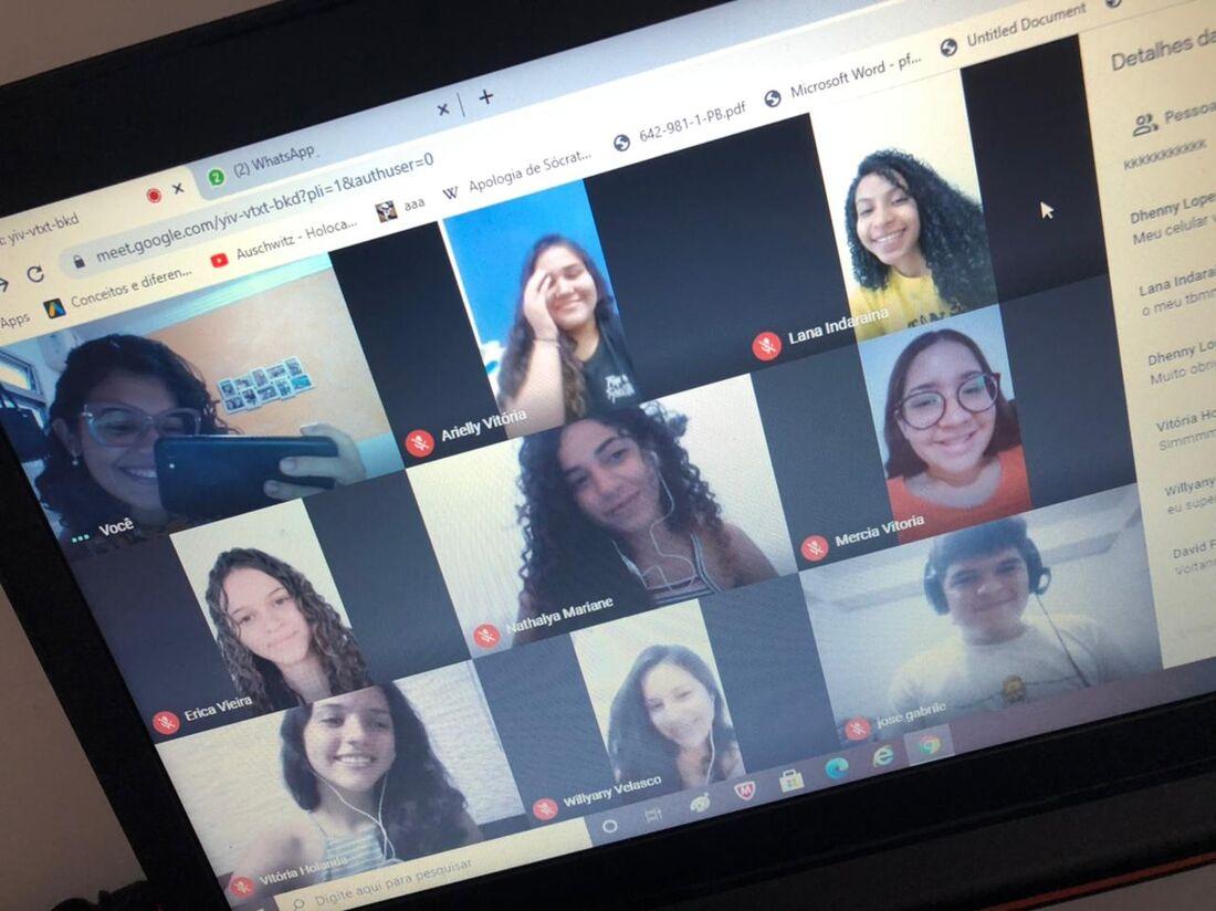 Aulas eram ministradas na plataforma Google Meet