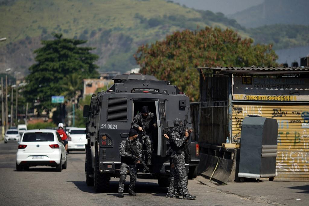 Polícia do Rio durante operação no Jacarezinho