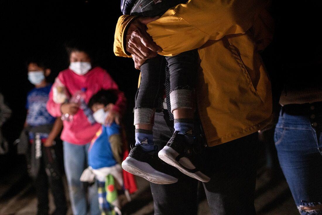 Famílias separadas na frontes dos Estados Unidos serão reunidas novamente