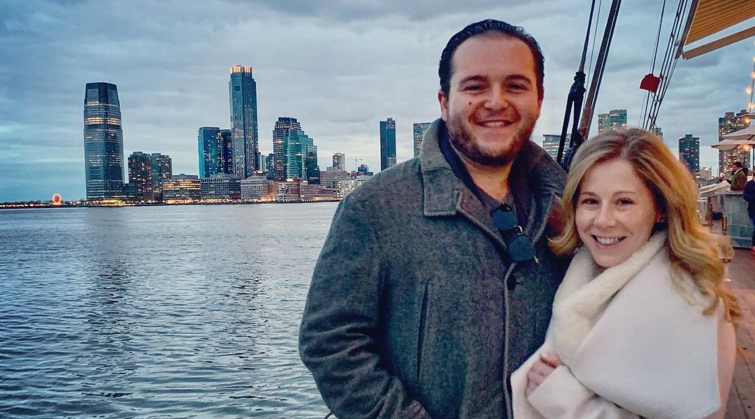 Angelo Massagli e Caitlin Hale, atores