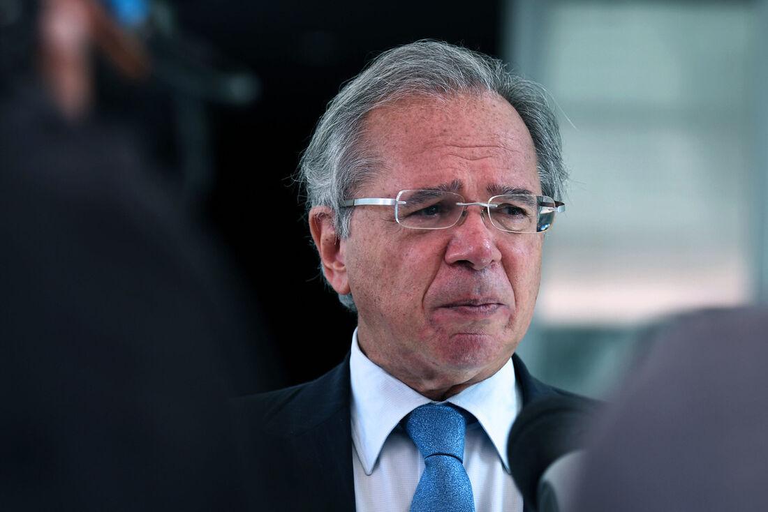 Ministro da Economia, Paulo Guedes, durante conversa com a imprensa