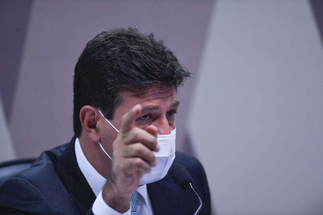 Ex-ministro de Estado da Saúde, Luiz Henrique Mandetta, durante a CPI da Covid nesta terça (04)