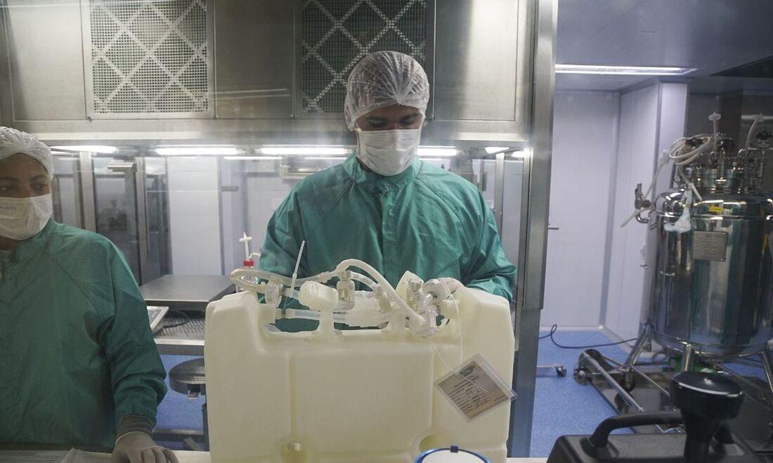 Envase do IFA, produto que compõe vacina