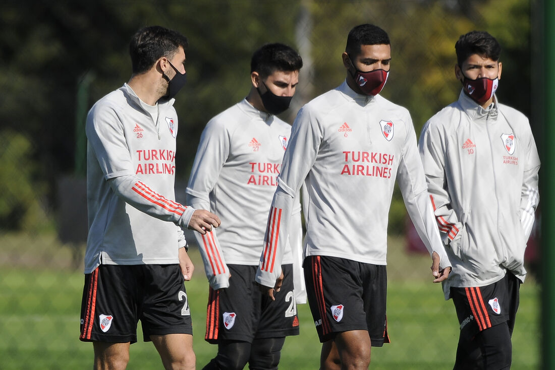 River Plate tem 20 jogadores diagnosticados com Covid-19