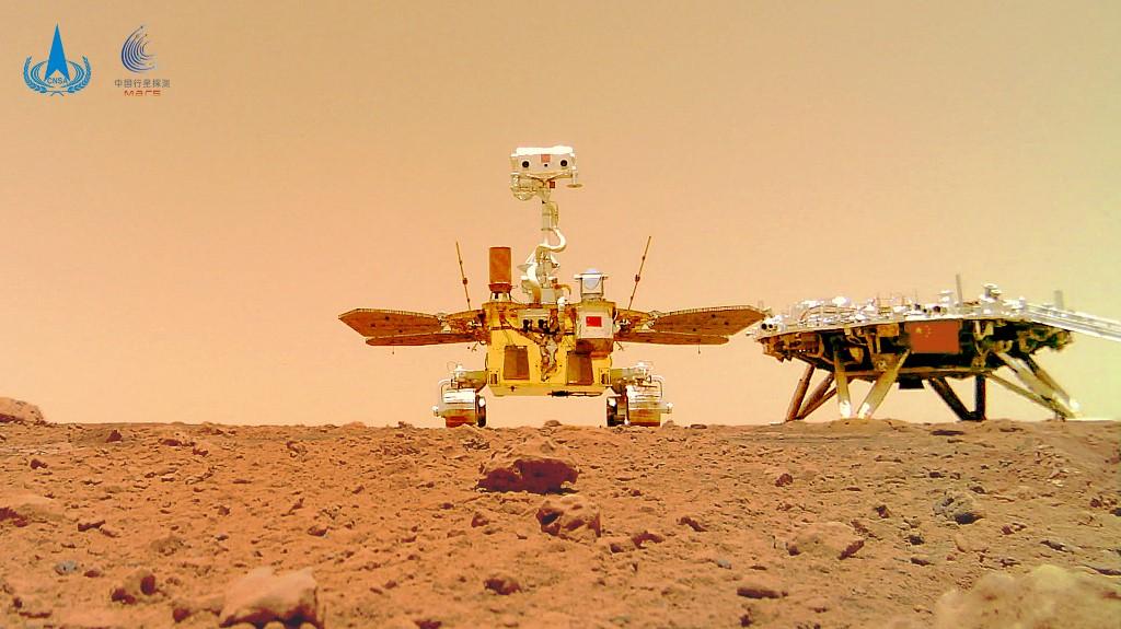 Sonda chinesa revela primeiras imagens de Marte