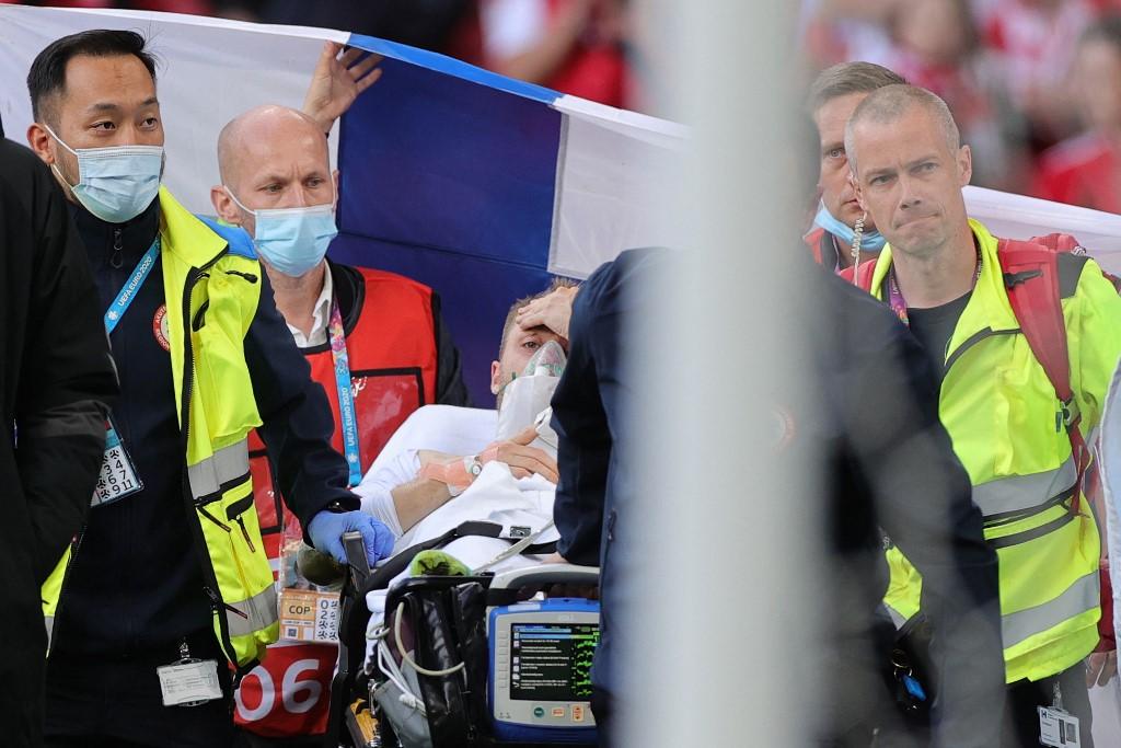 O jogador teve um desmaio no meio da partida