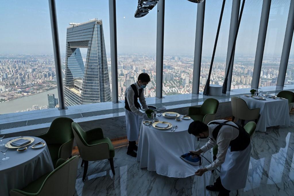 J Hotel é inaugurado em Xangai