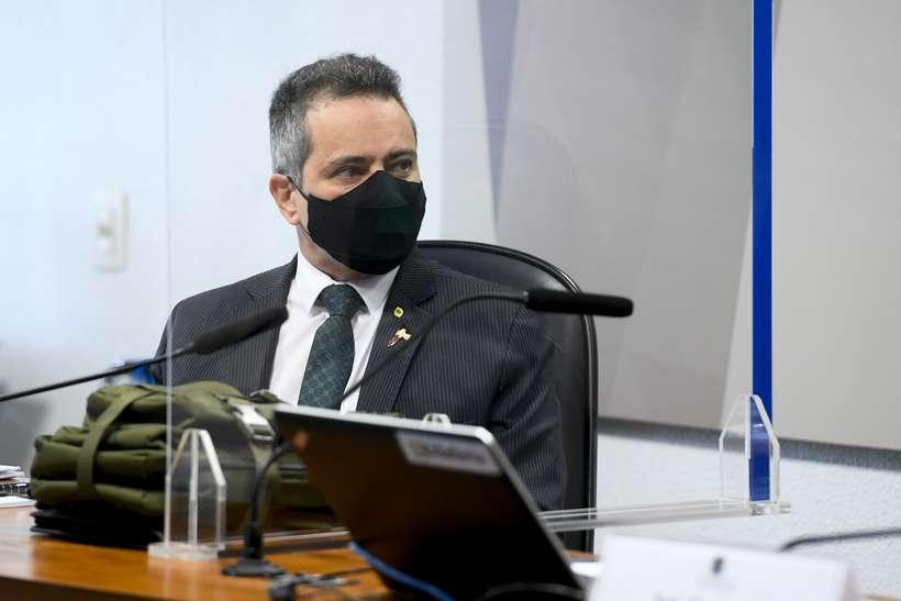 Ex-secretário-executivo Élcio Franco