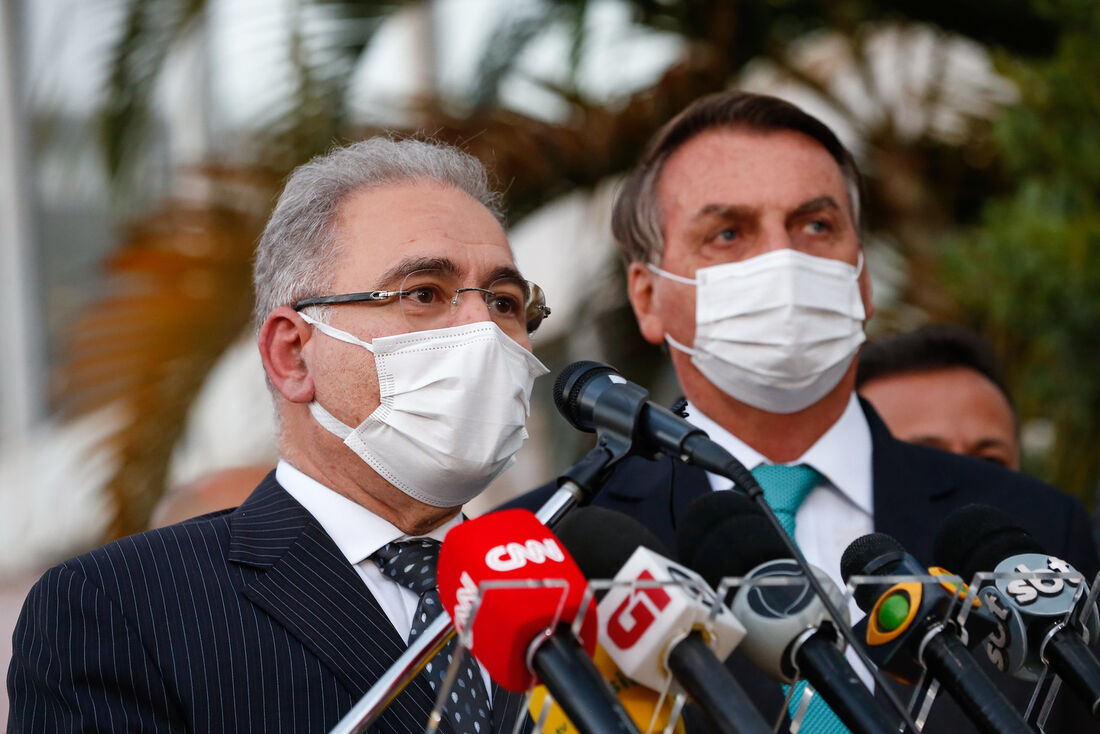 Presidente Jair Bolsonaro e o ministro da Saúde, Marcelo Queiroga