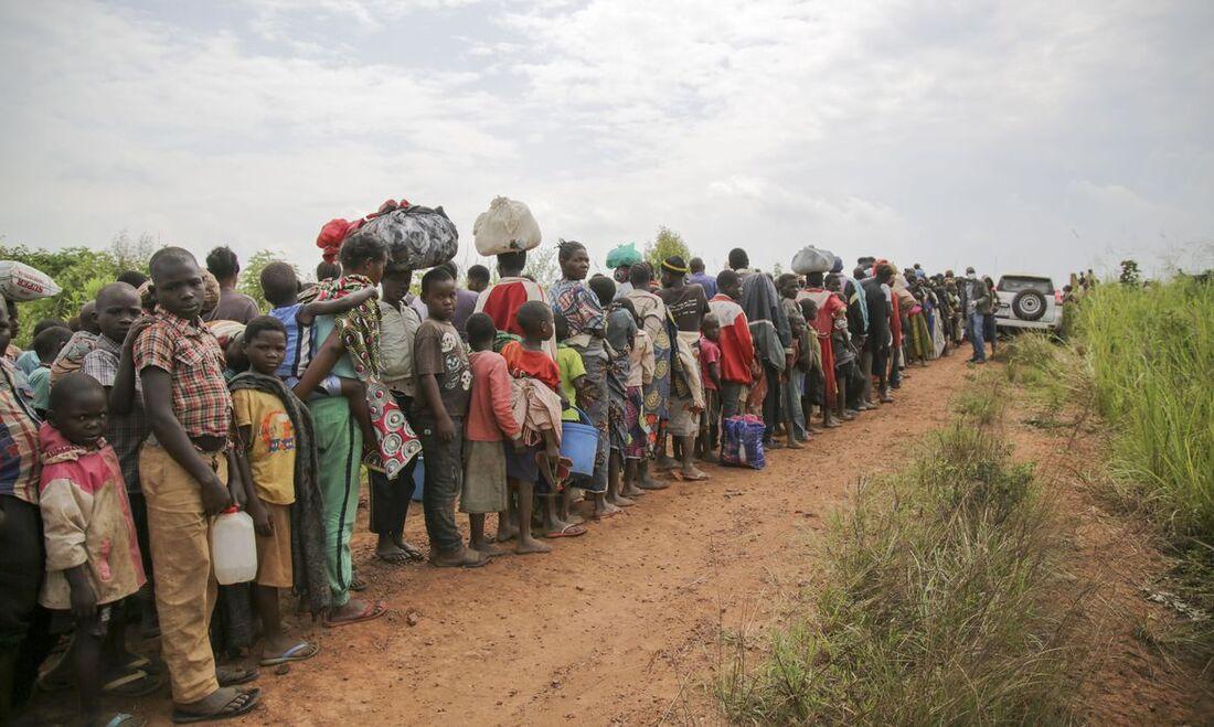 Pessoas forçadas a se deslocar
