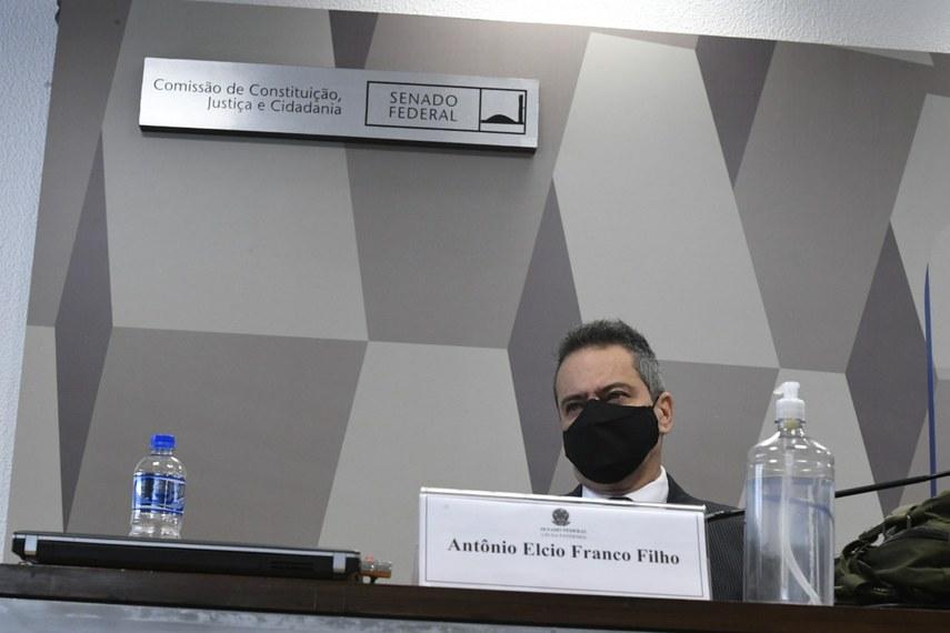 A CPI da Covid ouve, nesta terça-feira (9), Elcio Franco, que foi secretário-executivo do Ministério da Saúde durante a gestão do general Eduardo Pazuello  Fonte: Agência Senado