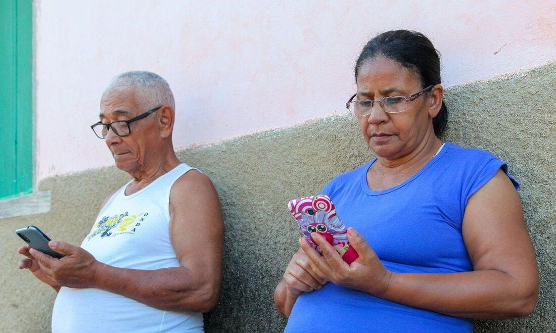Brasileiros se relacionam melhor com tecnologia