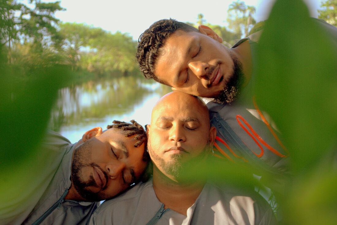 Rafa Almeida, Nego Henrique e Emerson Calado integram o Okalonam