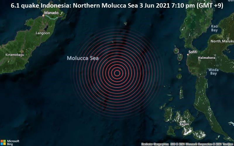 Devido a localização em uma área de intensa atividade sísmica, tremores são frequentes na região