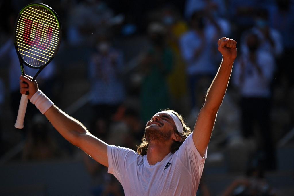 Tenista grego Stefanos Tstisipas venceu o alemão Alexander Zverev por 3 sets a 2