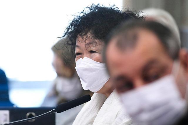 Médica Nise Yamaguchi durante CPI da Covid-19