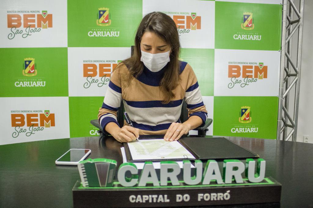A Prefeita de Caruaru, Raquel Lyra, sancionou, nesta terça-feira (15), a Lei Municipal n° 6.708