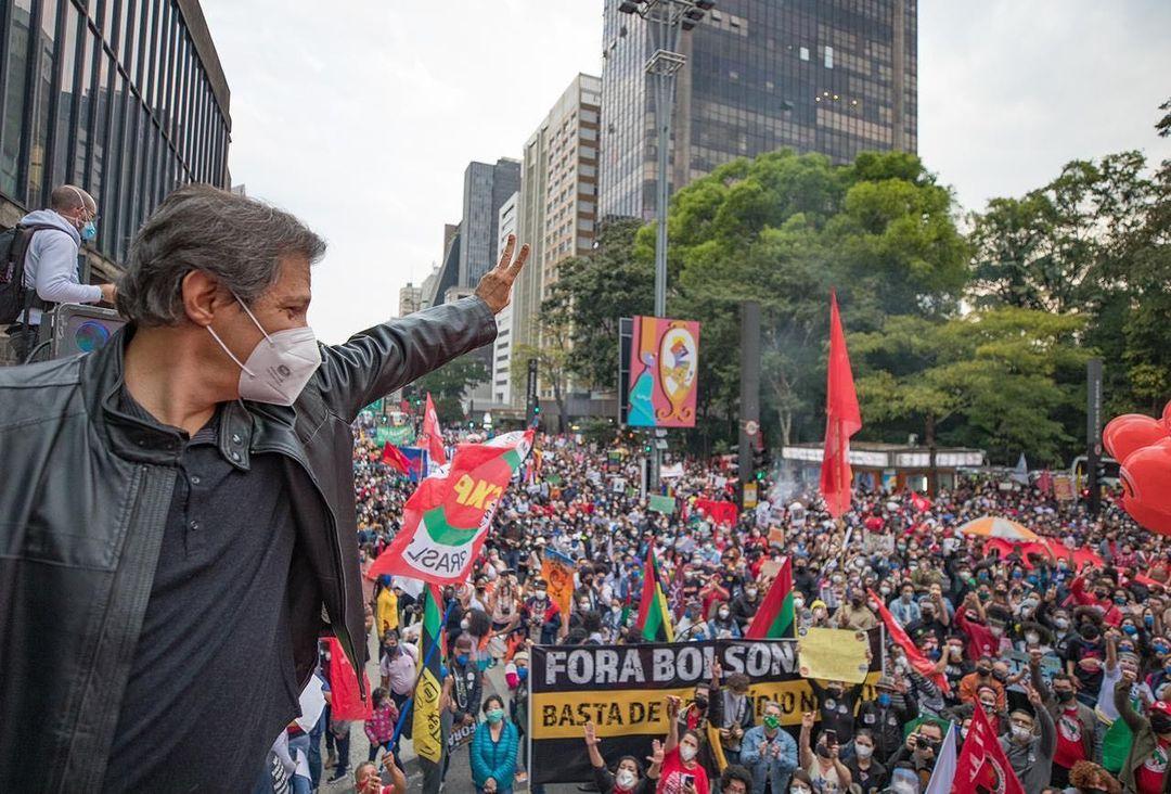 Ex-prefeito de São Paulo, Fernando Haddad (PT), durante manifestações contra Bolsonaro