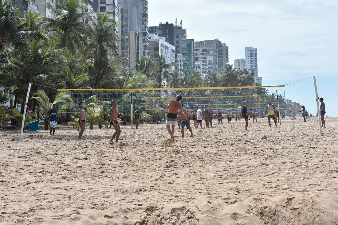 Prática de atividades esportivas individuais e coletivas foi liberada pela flexibilização