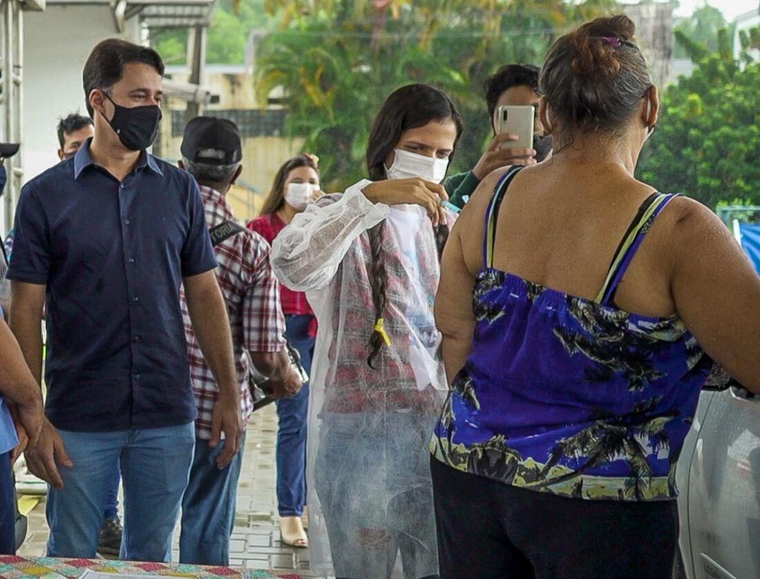 Vacinação contra a Covid-19 em Jaboatão dos Guararapes