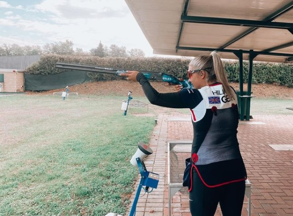 Amber Hill, atiradora britânica