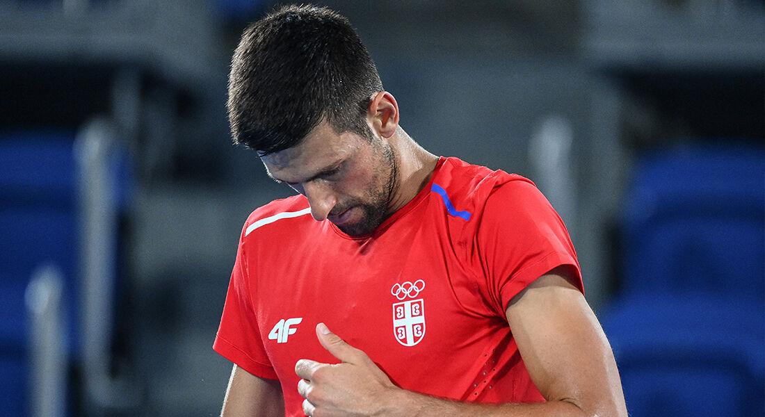 Djokovic recentemente conquistou o troféu de Wimbledom