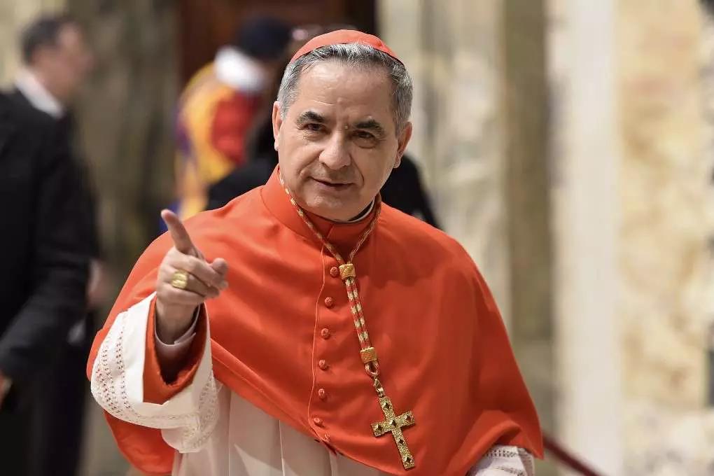 Giovanni Angelo Becciu foi suplente na Secretaria de Estado do Vaticano entre 2011 e 2018