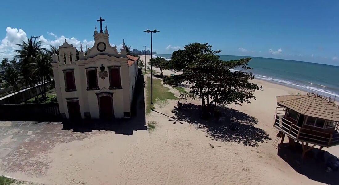 Ataque ocorreu na altura da igreja da praia de Piedade, em Jaboatão dos Guararapes