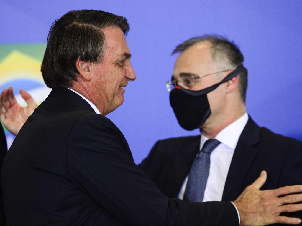 Jair Bolsonaro e André Mendonça