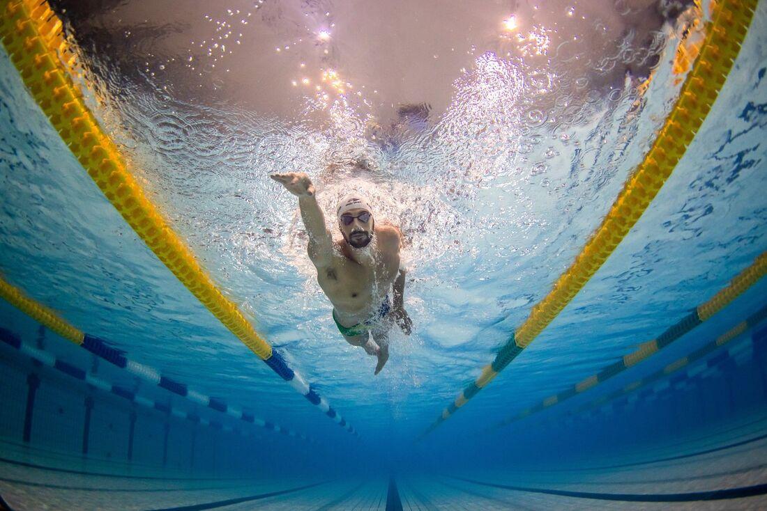 Leo de Deus ficou na sexta posição na final dos 200 m borboleta