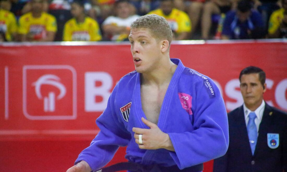 Rafael Buzacarini, judoca brasileiro