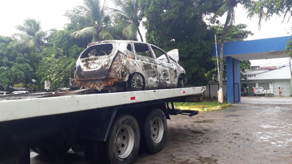 Carro foi encontrado carbonizado com o corpo do professor dentro, no Janga