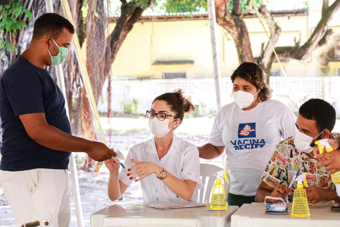 Vacinação contra a gripe no Recife