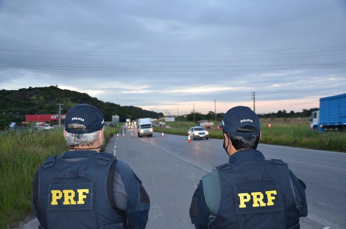 Policiais rodoviários federais