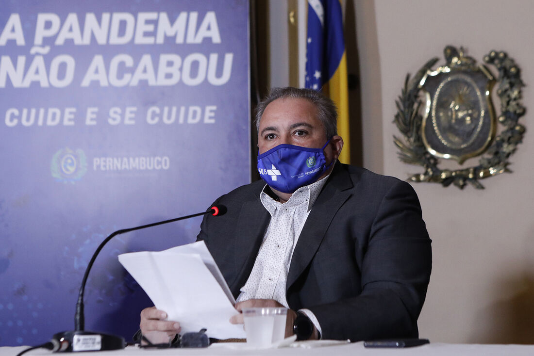 Secretário estadual de Saúde, André Longo