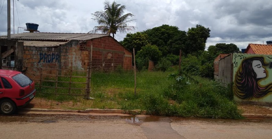 Vistoria feita no local confirmou que não há casa construída no lote adquirido pelo casal
