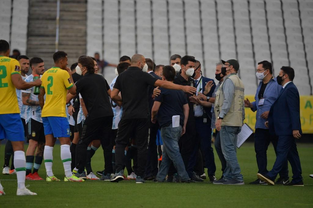 Brasil e Argentina foi suspenso