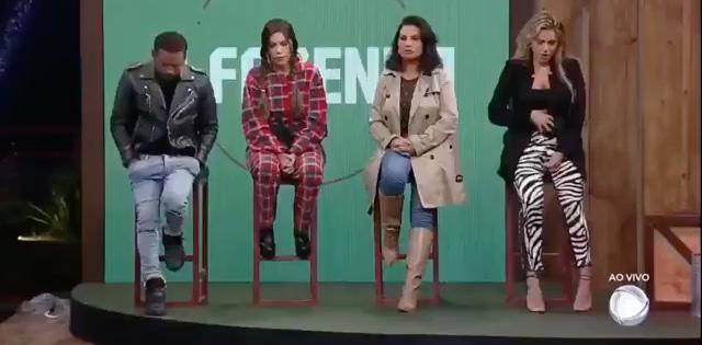 Nego do Borel, Liziane, Solange Gomes e Erika estão na roça do reality