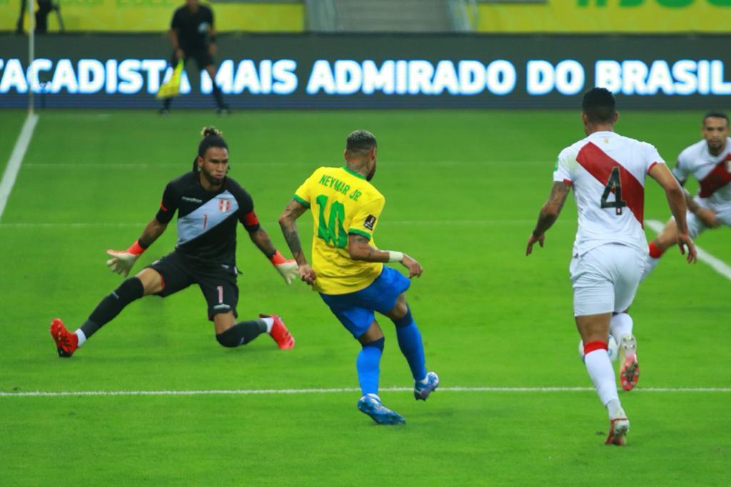 Brasil x Peru, na Arena de Pernambuco