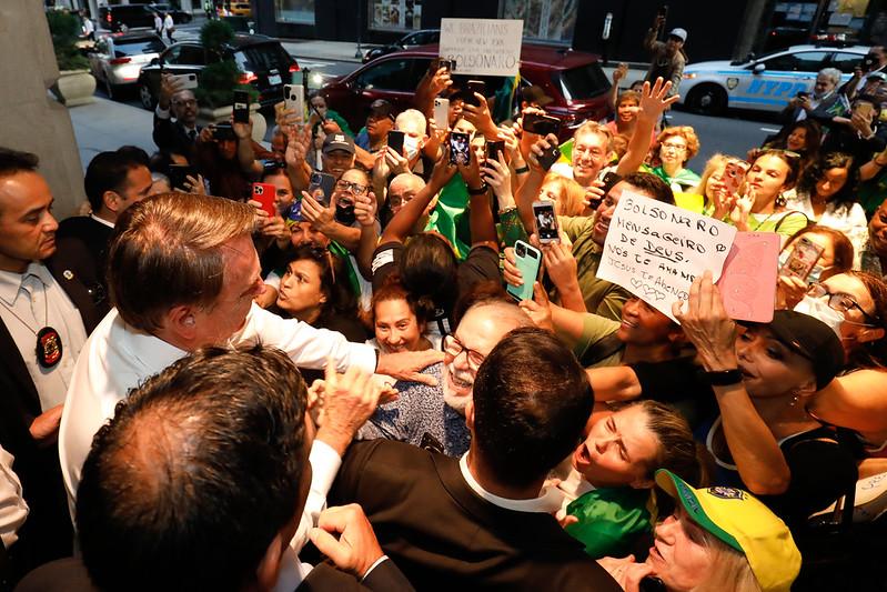 Bolsonaro e apoiadores nos EUA