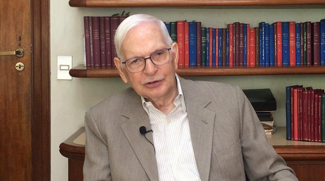 Tarcísio Padilha, professor e filósofo