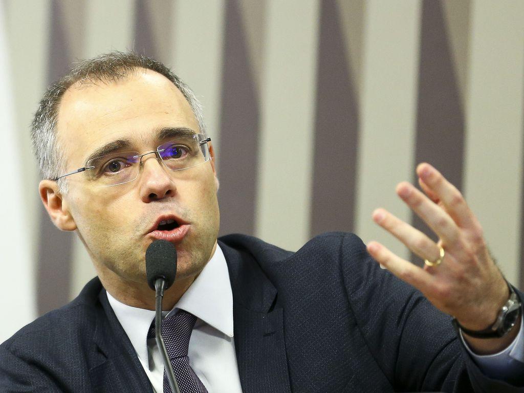 O advogado-geral da União, André Luiz de Almeida Mendonça