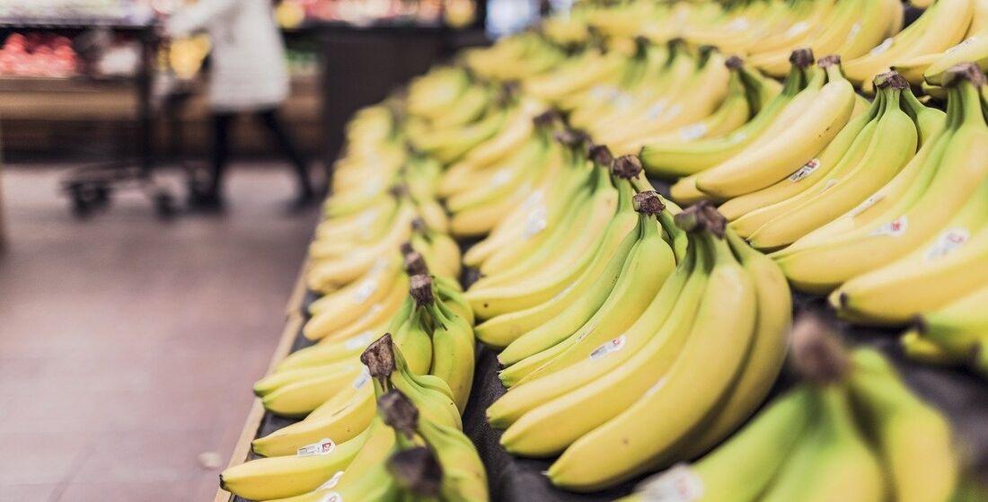 Fruta originária da Ásia oferece vitaminas, sódio e magnésio