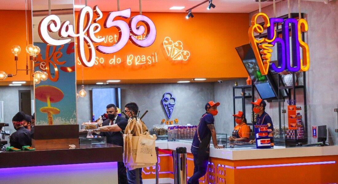 Loja 'Café 50' e '50 Sabores', no Shopping Recife