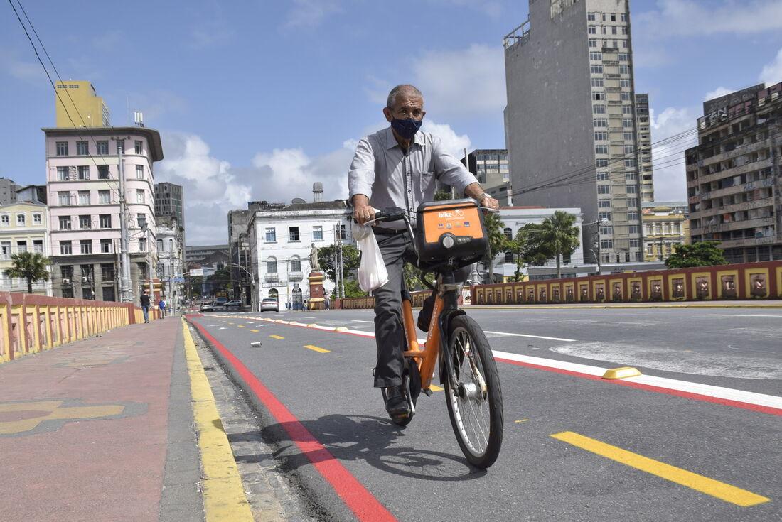 Participarão artistas educadores da Trupe da CTTU, que contará com veículos motorizados para fazer o trajeto de bicicleta